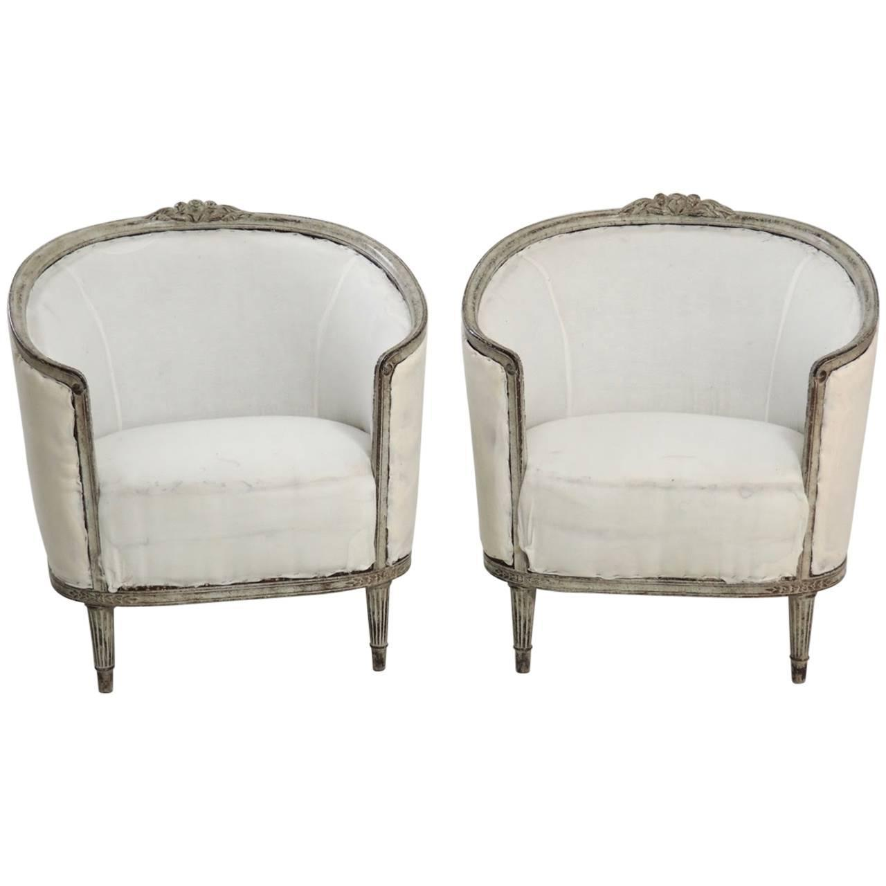 19th Century Pair Of Swedish Gustavian Style Barrel Back Bergere Chairs